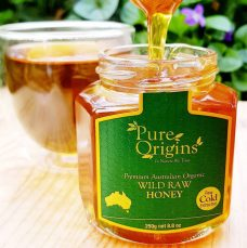 Wild Raw Honey Pure Origins late